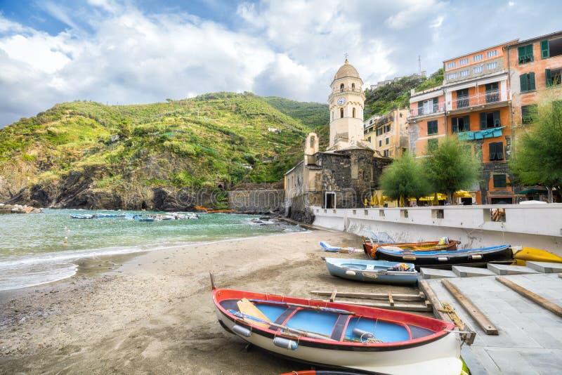 Panorama Vernazza w lecie obraz royalty free
