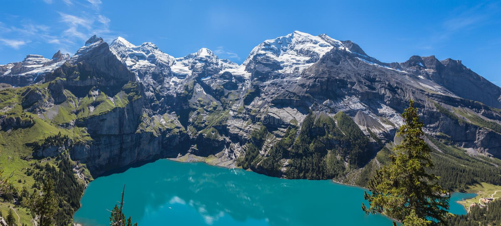 Panorama view of Oeschinensee (Oeschinen lake) on bernese oberland stock image