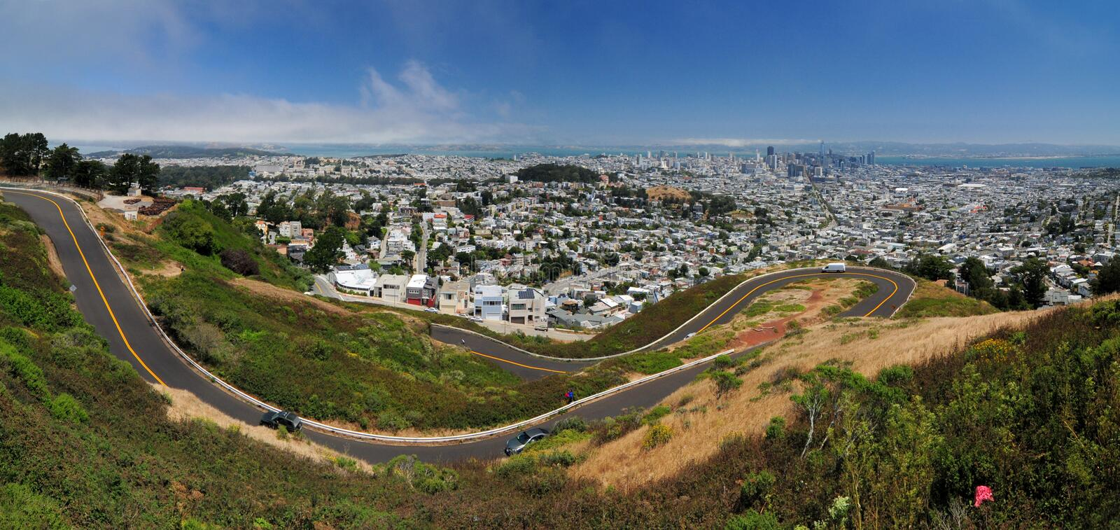 Panorama View Of San Francisco Bay From Twin Peaks California USA. With The Winding Twin Peaks Boulevard In The Foreground stock photos