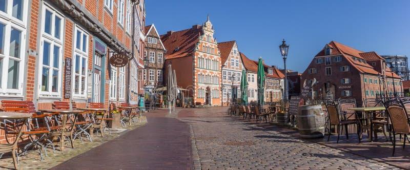 Panorama von Bars und von Restaurants in der historischen Mitte von Sta lizenzfreie stockbilder