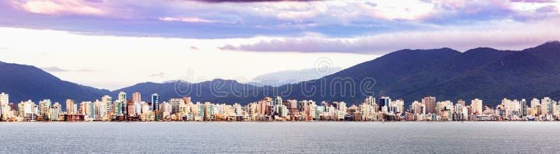 Panorama von Itajai, Stadtbild, Santa Catarina, Brasilien stockfotos