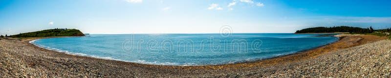 Panorama von Pebble Beach in Nova Scotia lizenzfreies stockbild