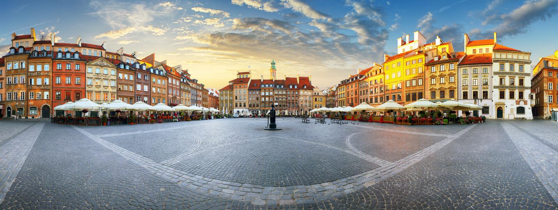Panorama von Warschau-odl Marktplatz bei Sonnenuntergang lizenzfreie stockfotos