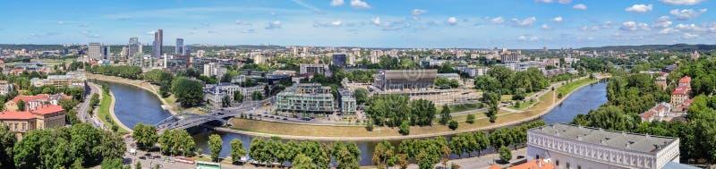 Panorama - vue de la ville de Vilnius de la tour de Gedimin image libre de droits