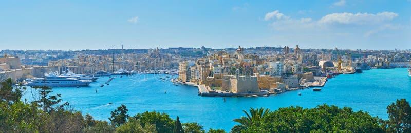 Panorama warowni miasta w Valletta Uroczystym schronieniu, Malta zdjęcia stock