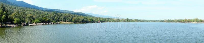 Panorama widok jeziorna góra obrazy royalty free