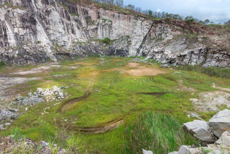 Panorama widok kamienny łup w wsi zdjęcie royalty free