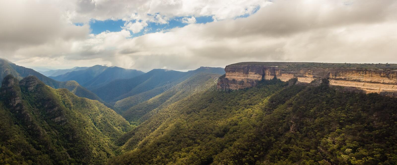 Panorama widok Kanangra ściany, Kanangra-Boyd park narodowy, Australia fotografia royalty free