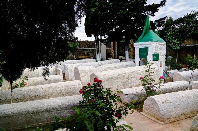 Panorama widok Kyrhlyar muzułmański cmentarz w Derbent, Dagestan, Rosja obrazy royalty free