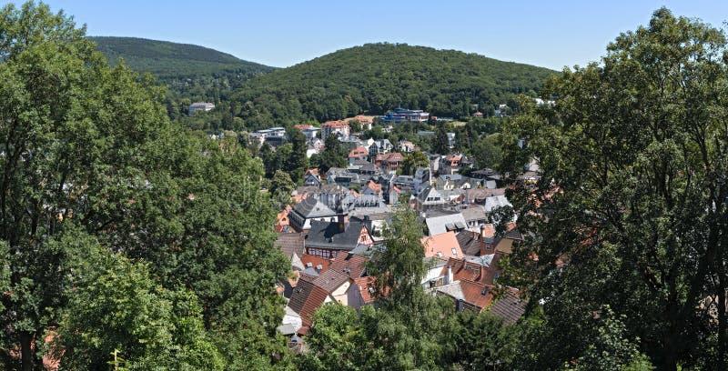 Panorama widok od grodowej ruiny Koenigstein na starym grodzkim Koenigstein Taunus, Hesse, Niemcy obrazy stock