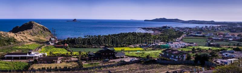 Panorama widok Yongmeori plaża przy Jeju wyspą zdjęcie royalty free