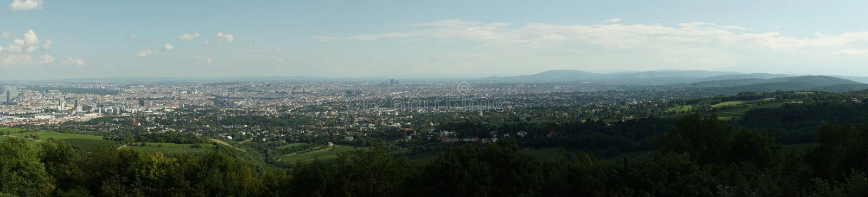 Panoramabildskyline Österreich lizenzfreies stockbild