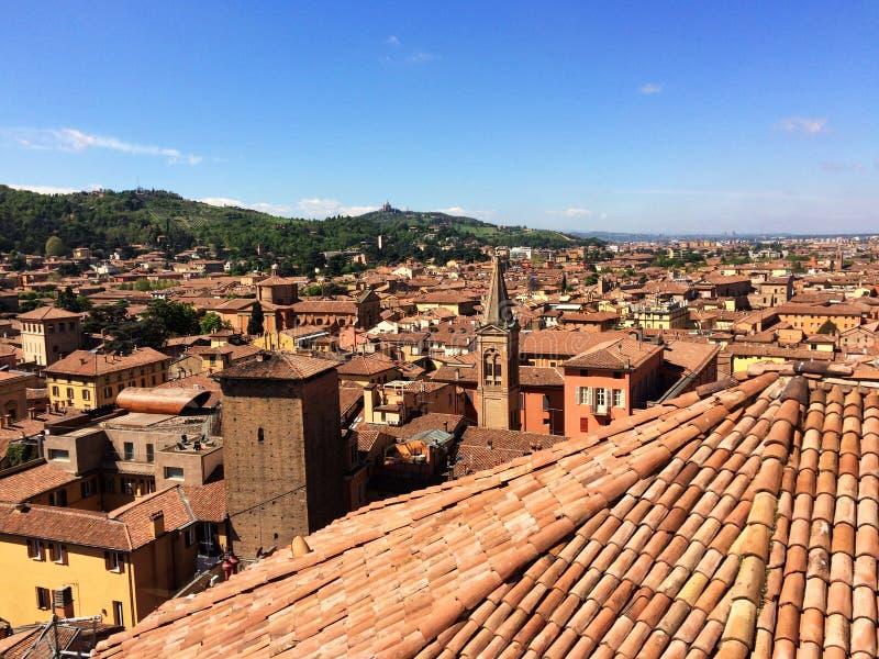 Panoramablick der Dachspitzen von Bologna, Italien stockfoto