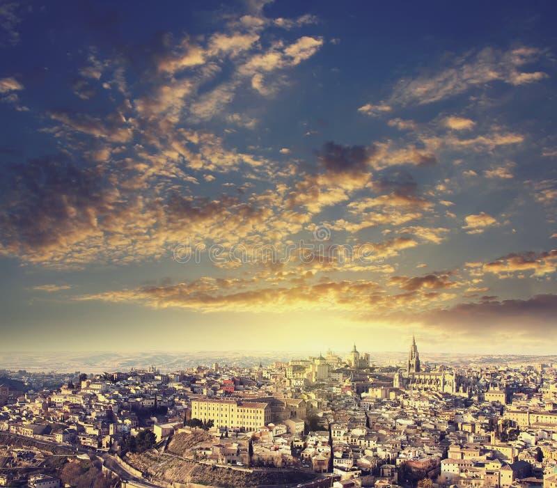 Panoramablick der mittelalterlichen Stadt von Toledo lizenzfreies stockfoto