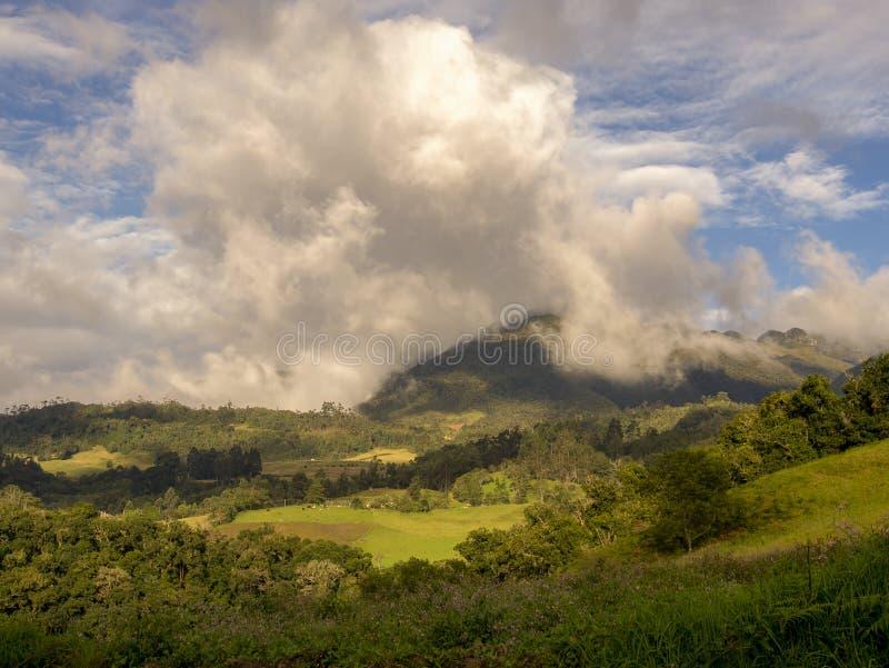 Panoramablick der zentralen Anden stockfoto