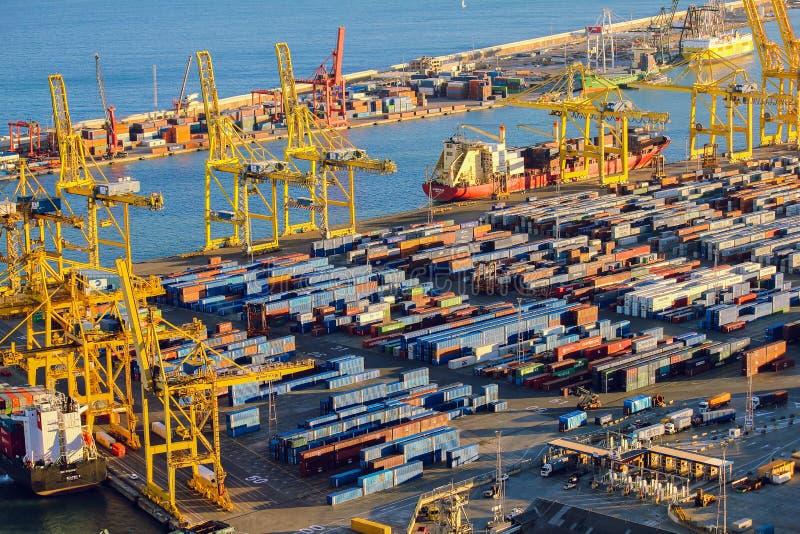 Panoramablick des Hafens in Barcelona lizenzfreies stockbild