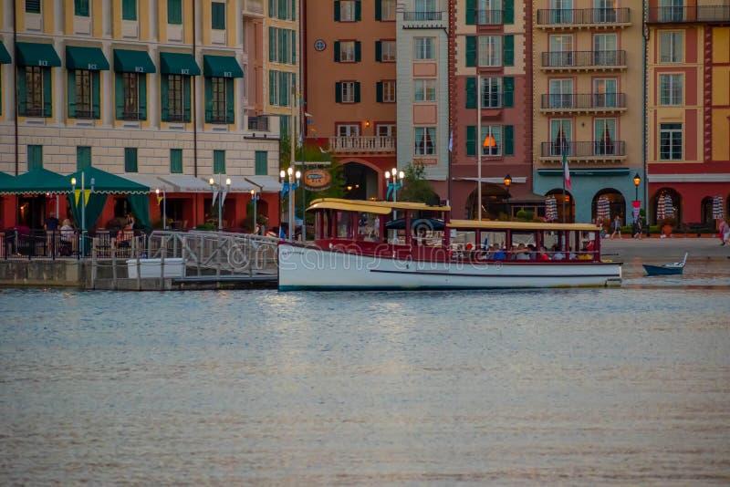 Panoramablick des Portofino-Bucht-Hotels, der ganzer Charme von Italien in Universal Studios-Bereich 6 stockfotografie