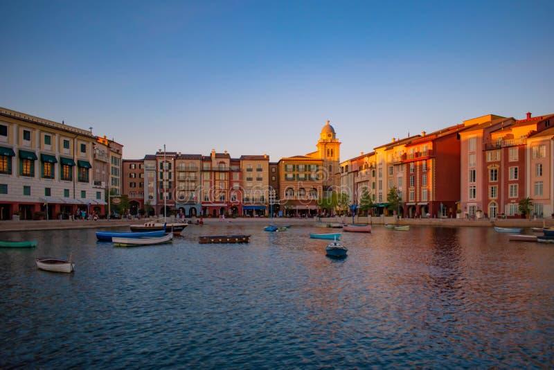 Panoramablick des Portofino-Bucht-Hotels, der ganzer Charme von Italien in Universal Studios-Bereich 10 lizenzfreie stockfotografie