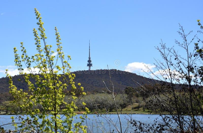 Panoramablick des schwarzen Gebirgsturms stockfoto