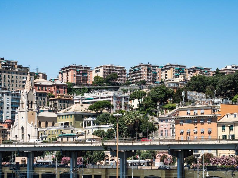 Panoramablick Genua lizenzfreie stockbilder
