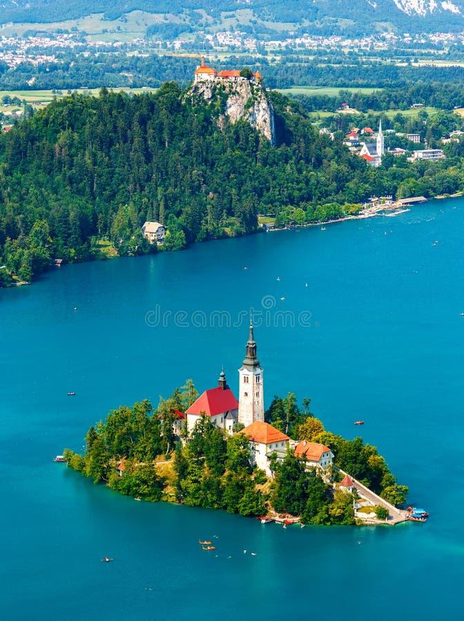 Panoramablick von ausgeblutetem See, Slowenien lizenzfreies stockfoto