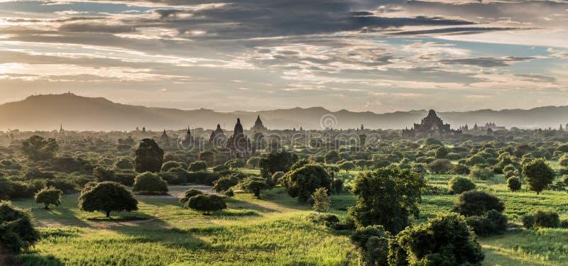 Panoramablick von Bagan, Myanmar lizenzfreies stockfoto