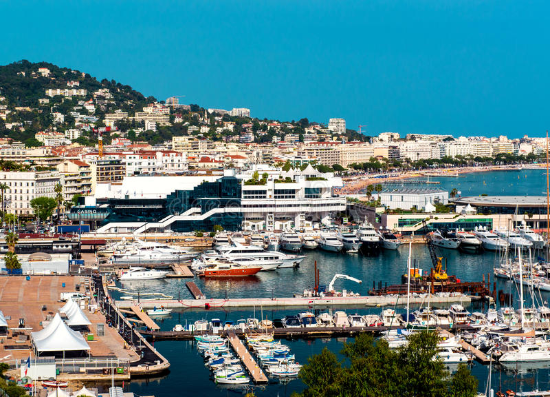 Panoramablick von Cannes-Stadt, Frankreich lizenzfreie stockfotografie