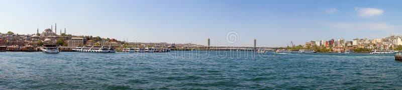 Panoramablick von Galata Brigde, Istanbul, die Türkei stockfotografie