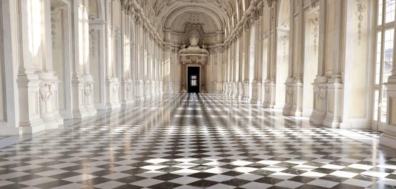 Panoramablick von Galleria di Diana in Venaria Royal Palace, Torino, Piemonte stockbilder