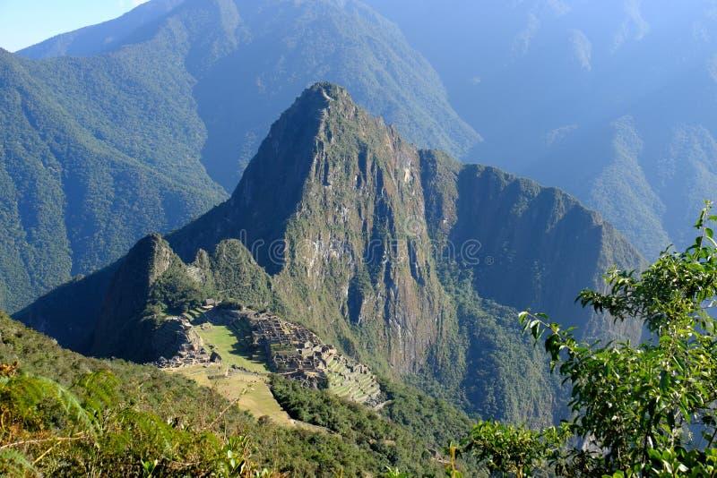 Panoramablick von Machu Picchu von Berg Machu Picchu stockfotografie