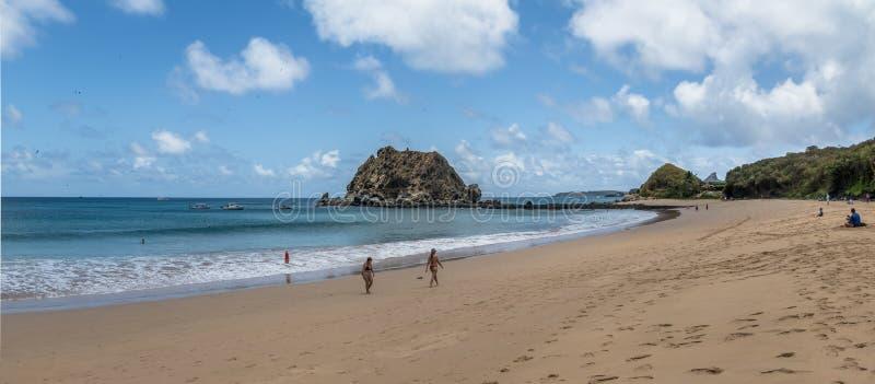 Panoramablick von Praia DA Conceicao Beach - Fernando de Noronha, Pernambuco, Brasilien lizenzfreies stockfoto