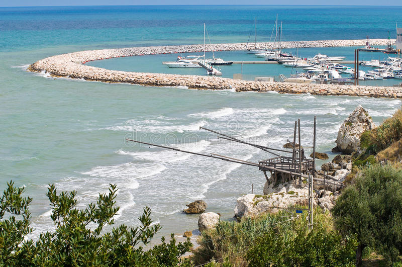 Panoramablick von Rodi Garganico. Puglia. Italien. lizenzfreies stockfoto
