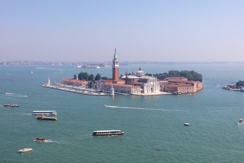 Panoramablick von San Giorgio Maggiore Island von St Mark Glockenturm stockfotografie