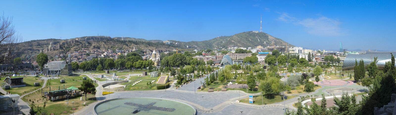 Panoramablick von Tiflis, Georgia stockbilder