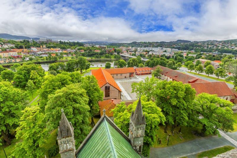 Panoramablick von Trondheim norwegen lizenzfreies stockbild