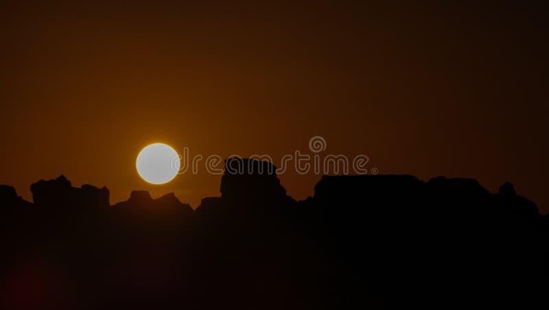 Panoramablick, zum nahe Gruppe Ounianga Serir Seen beim Ennedi landschaftlich zu gestalten, Tschad stockbild
