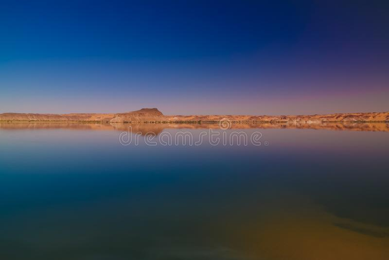 Panoramablick zur Teli Seegruppe Ounianga Serir Seen beim Ennedi, Tschad lizenzfreies stockfoto