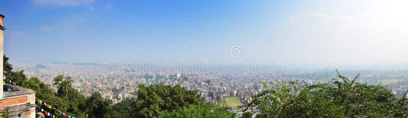 PanoramaCityscape av Katmandu Nepal fotografering för bildbyråer