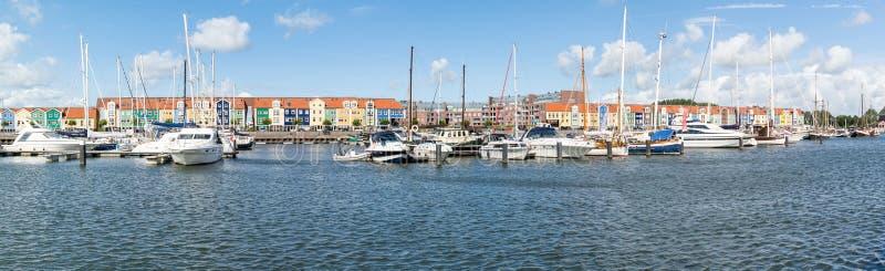 Panoramahamn Hellevoetsluis, Nederländerna fotografering för bildbyråer
