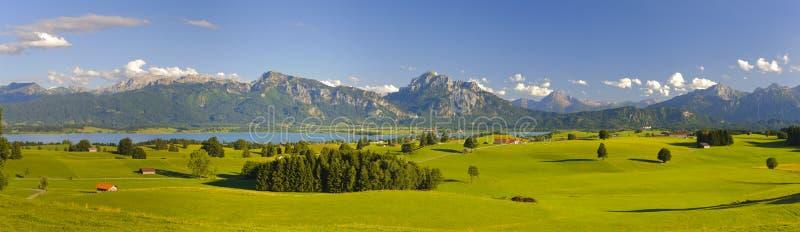 Panoramalandschap in Beieren stock fotografie