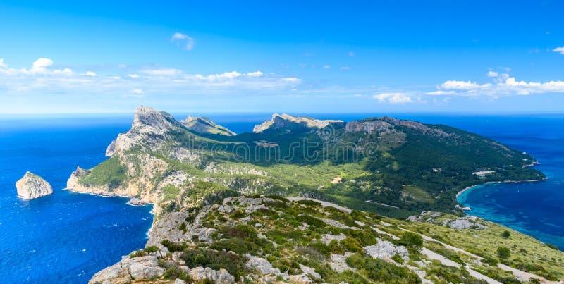 Panoramamening van GLB DE Formentor - wilde kust van Mallorca, Spanje stock foto's
