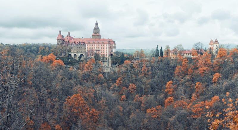 Panoramamening van het kasteel van Ksiaz Furstenstein dichtbij Walbrzych in Pol. stock afbeeldingen