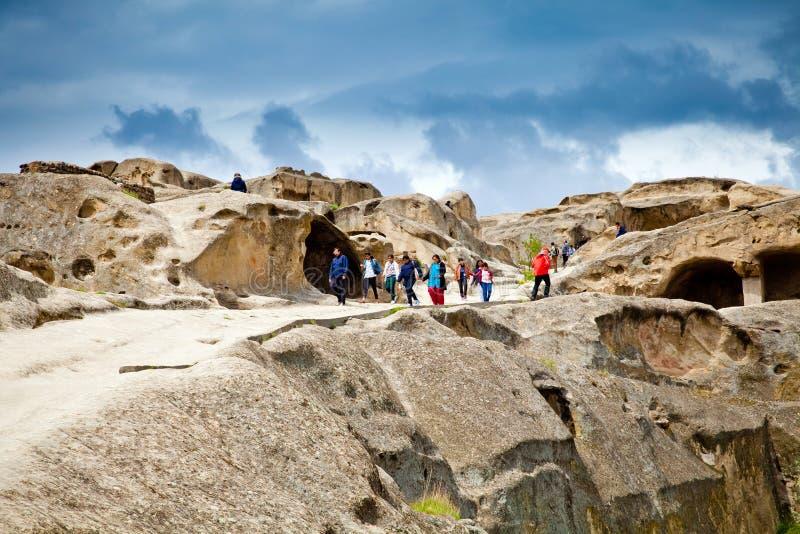 Panoramamening van oude rotsstad Uplistsikhe stock fotografie