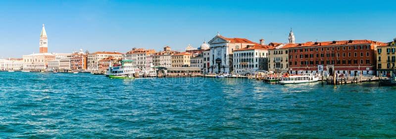 Panoramamening van Venetië van het overzeese paleis stock foto's