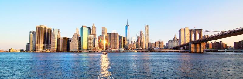 PanoramaNew York City horisont royaltyfri fotografi