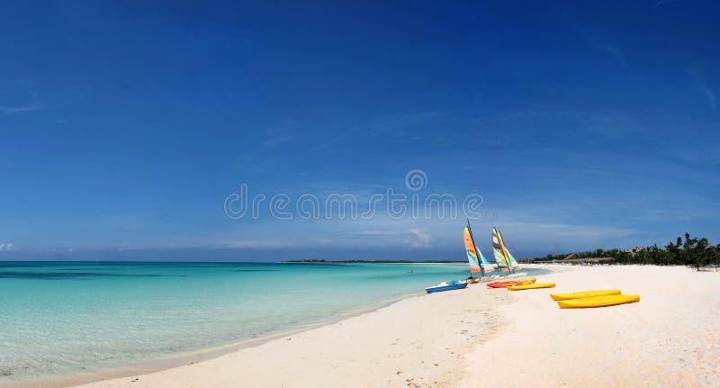 Panoramas des Meeres und der Inseln stockfotos