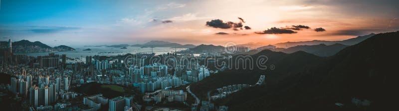 Panoramasikt av Hong Kong City From himlen fotografering för bildbyråer