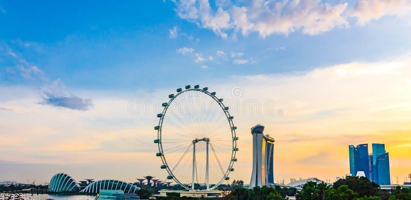 Panoramasikt av Marina Bay Hög sikt av den Singapore reklambladet royaltyfri foto