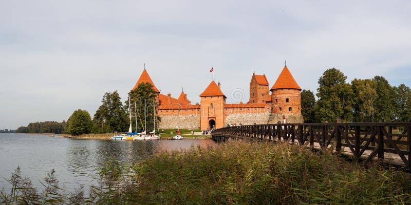 Panoramaslott Trakai royaltyfria foton