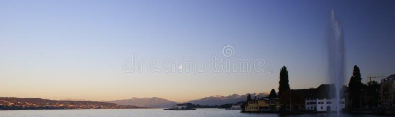 Download Panoramasolnedgång fotografering för bildbyråer. Bild av vatten - 34145